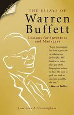 Essays of Warren Buffett : Lessons for Investors and Managers -- Paperback (3 REV ED)