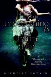 Unbecoming of Mara Dyer -- Paperback